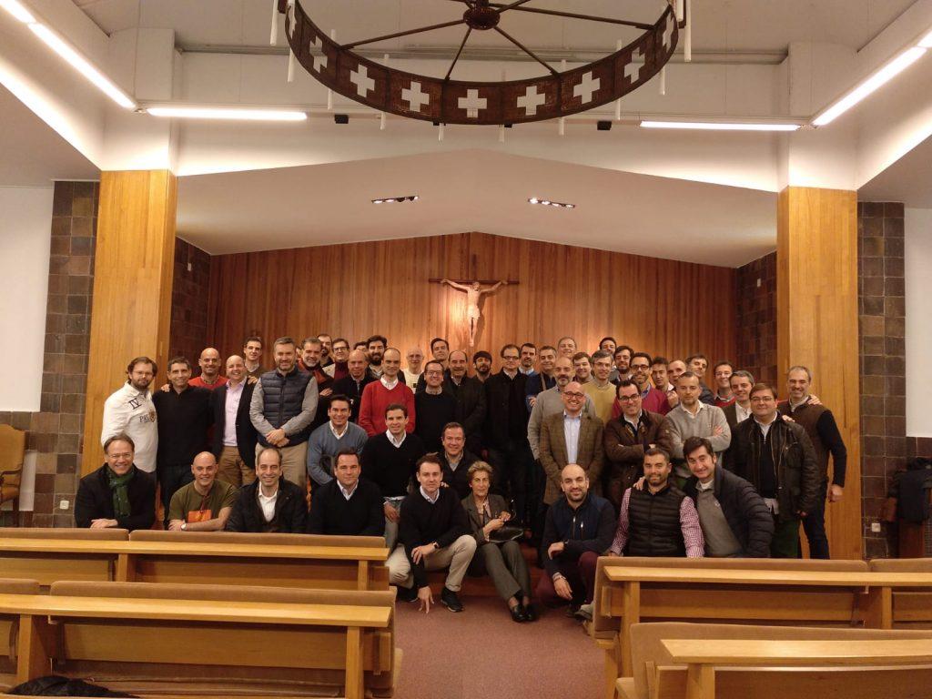 Encuentro Generacional 89-98. Foto de grupo